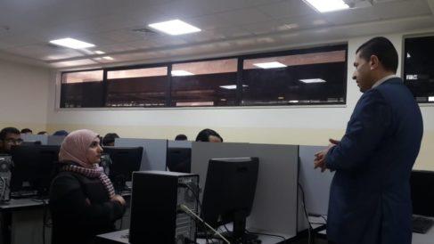 ورشة تدريبية لطلبة العلوم الحاسوبية والمعلوماتية