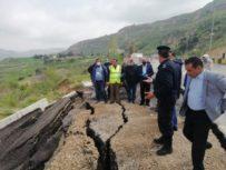 الاشغال: تفجر الينابيع سبب انهيار طريق البحر الميت