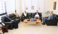 """""""الأوقاف"""" تقدم إصدارات مجلة """"هدي الإسلام"""" لجامعة عمان العربية"""