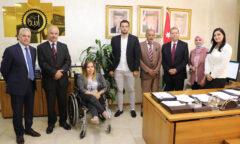"""رئيس """"عمان العربية"""" يستقبل وفداً من منظمة الصداقة الدولية"""